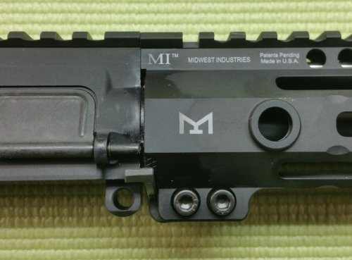 ar15 build with Midwest Industries M-LOK handguards